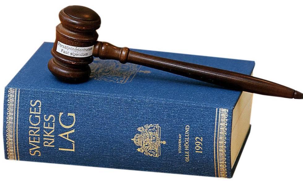 Högsta Domstolen dömer tidigare lagman förtjänstefel